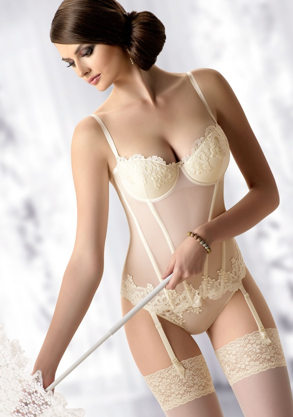 06e00ab949b5 Get More from your Bridal Lingerie - Guest Post - Moonrise Lingerie