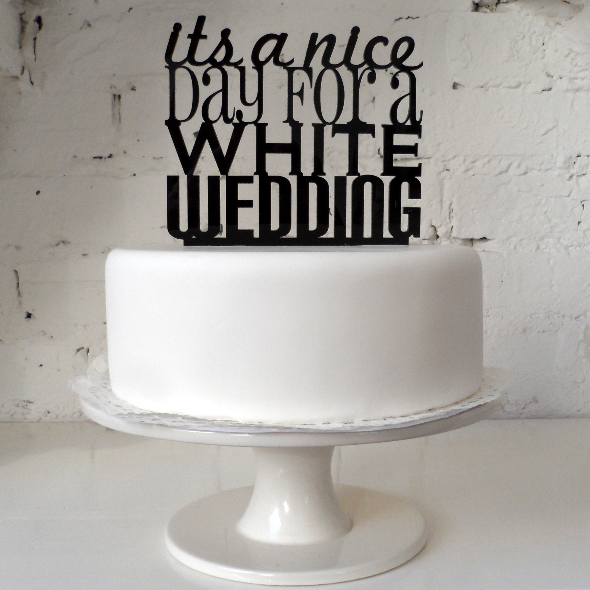 Miss CakeDesign goes Delicious !Laser Cut Cake Toppers and