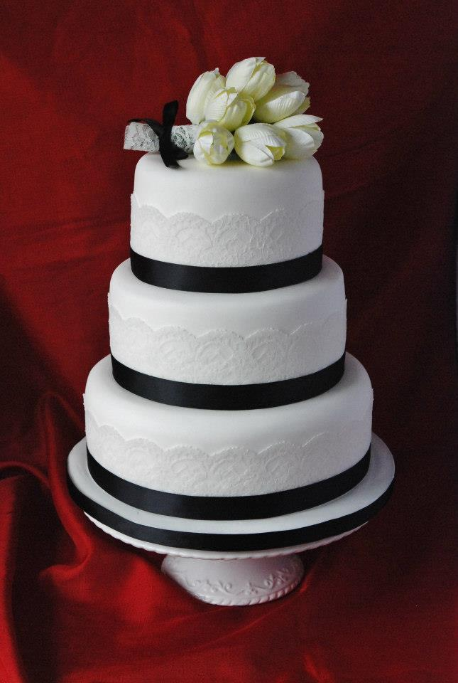 Wedding- Tiered Lace
