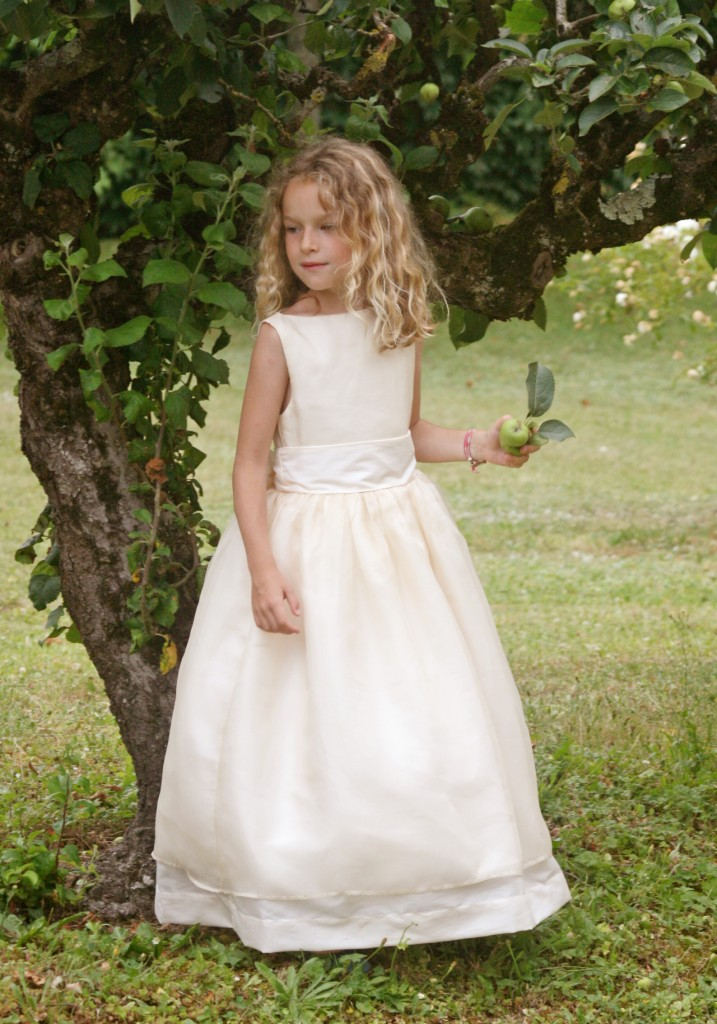 Little eglantine 2014 collection flowergirl dresses for French couture dresses