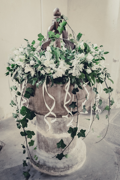 Winter wedding,  Vintage wedding, DIY Wedding, , mark pugh photography, wedding flowers, trailing foliage,