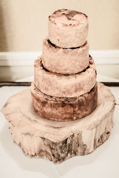 Winter wedding,  Vintage wedding, reception room, donington manor, pork pie wedding cake, mark pugh photography