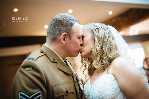 Carl & jayne by www.robgrimesphotography.com 32