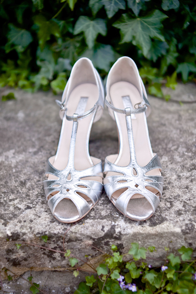 Karen Massey Photography, silver wedding shoes, rachel simpson shoes