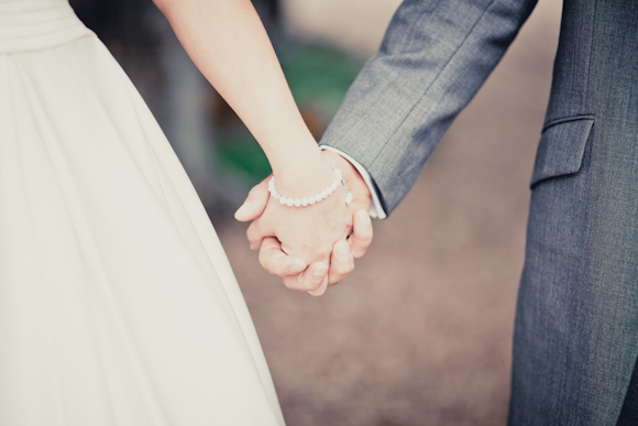 mark pugh photography, holding hands