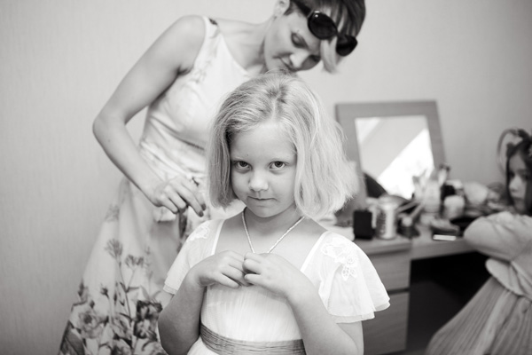 flower girl getting ready, silver photography