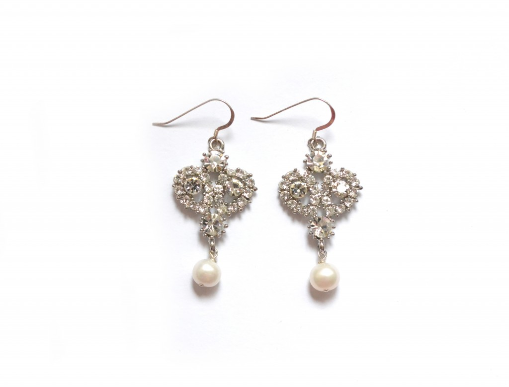 vintage pearl earrings, moodswing couture london