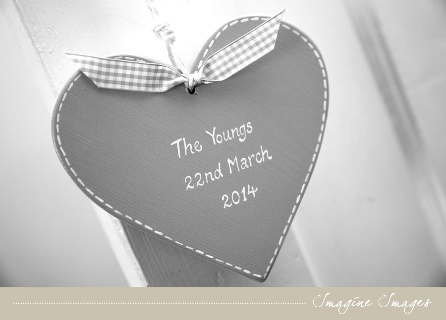 ayrshire wedding, lochgreen house, painted heart , imagine images