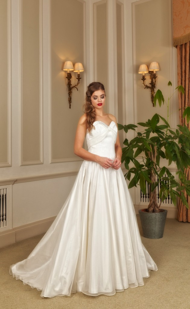 Ellena  - Love & Romance Collection - Qiana Bridal
