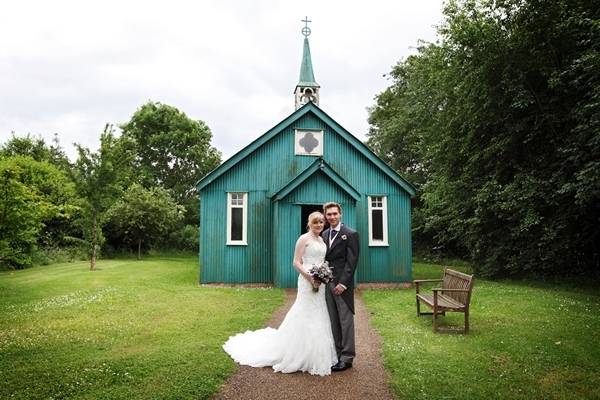 david perkins wedding photography, green tin shack, bringsty church, avoncroft museum, bride and groom
