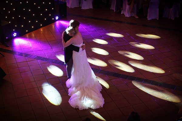 first dance, avoncroft museum, david perkins wedding photography