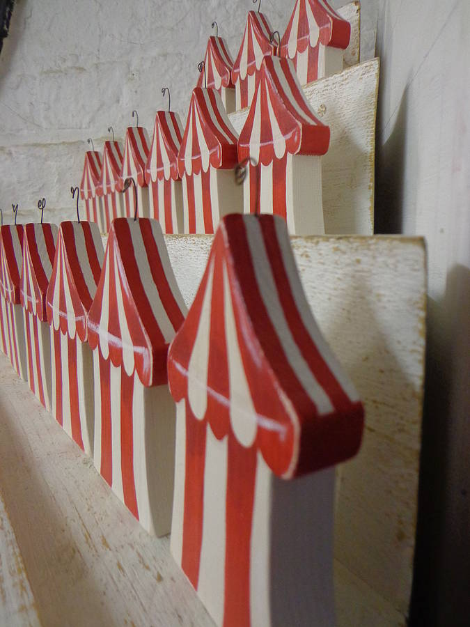 circus-tent-placecard-holder, giddy kipper, circus party theme