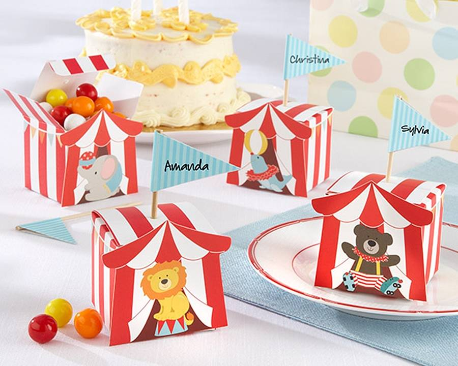 set-of-24-big-top-circus-favour-boxes, hope and willow, circus party theme