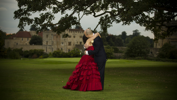 Vintage Wedding Dresses Leeds: A Beautiful Leeds Castle Wedding With A Striking Red Ian