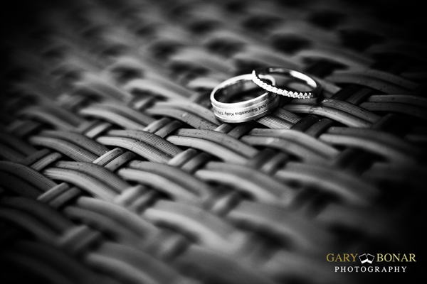 smooch wedding rings, gary bonar photography