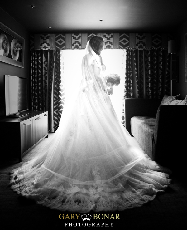 veil from etiquette bridal couture, gary bonar photo