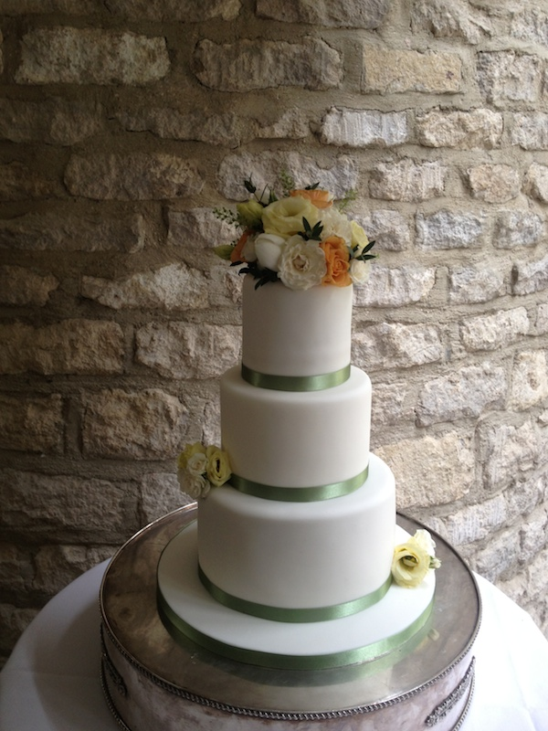 A Passion For Cake Bespoke Wedding Cake From The Vanilla