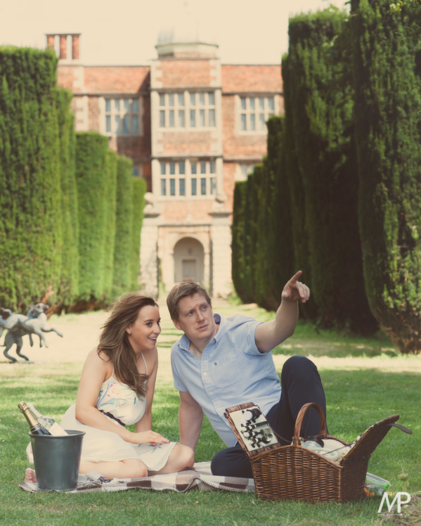 089_-_laura_and_sams_fine_art_prewed_photography_at_doddington_hall_uk_by_pamela_and_mark_pugh_team_mp_wwwmpmediacouk_-_do_not_remove_the_watermark_edit_or_crop_this_image_without_consent__-_social_media_image_-342