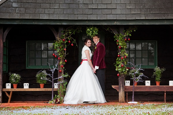 Close Up of Bride & Groom At The Summerhouse
