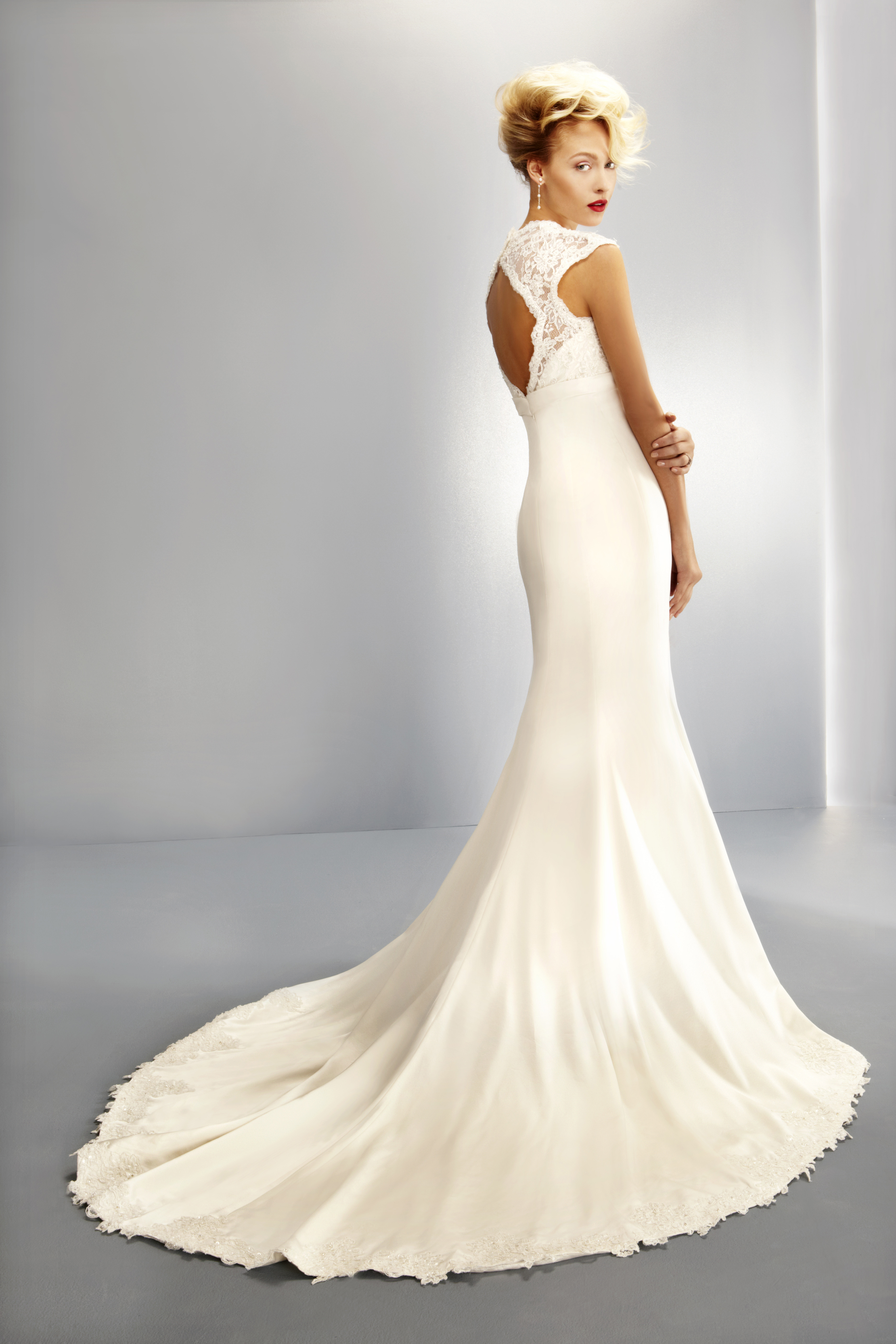 UK Bridal Industry eBay Auction In Aid of DEC Ebola Crisis Appeal