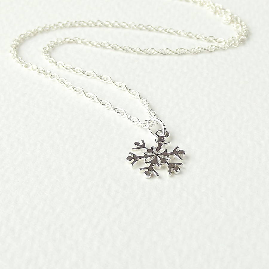 _silver-snowflake-necklace, silver synergy, frozen wedding theme