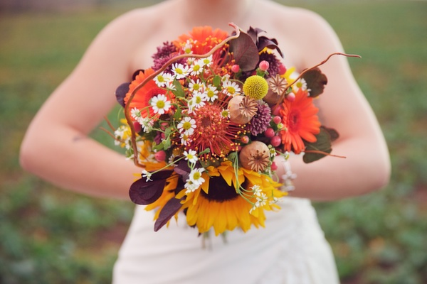 autumnal bridal bouquet, jo beth floral design, lucy lou photography