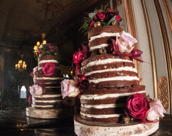 Anna's Bakes , naked wedding cakes, naked brownie cake