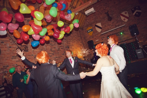 wedding balloon drop, lucy lou photo