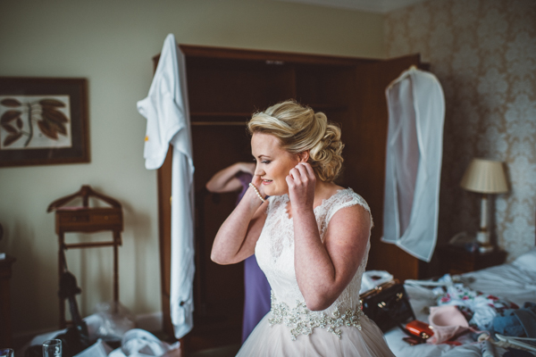 tom-cairns-photography-ayrshire-wedding-eterkine-house-blush-colour-palette (13)