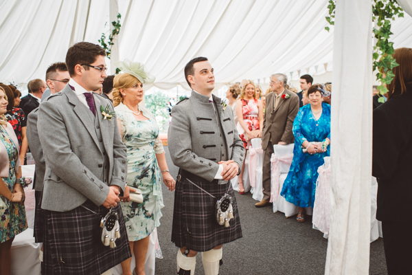 tom-cairns-photography-ayrshire-wedding-eterkine-house-blush-colour-palette (27)