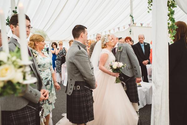 tom-cairns-photography-ayrshire-wedding-eterkine-house-blush-colour-palette (30)