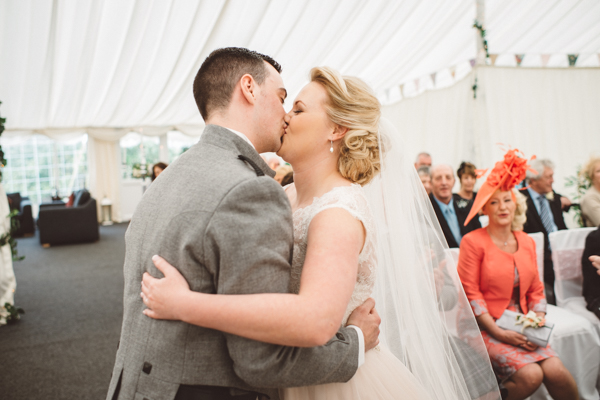 tom-cairns-photography-ayrshire-wedding-eterkine-house-blush-colour-palette (37)