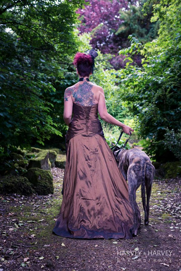 harvey-and-harvey-photography-rock-your-wedding-dress-shoot-stoke-rochford-hall-steampunk-wedding-inspiration-dolls-mad-hattery-charlotte-wesson-hair-paula-tennant-MUA (13)