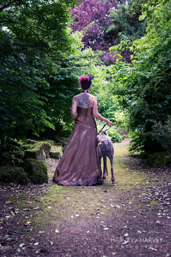 harvey-and-harvey-photography-rock-your-wedding-dress-shoot-stoke-rochford-hall-steampunk-wedding-inspiration-dolls-mad-hattery-charlotte-wesson-hair-paula-tennant-MUA (14)