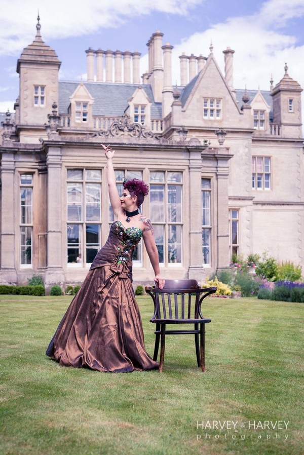 harvey-and-harvey-photography-rock-your-wedding-dress-shoot-stoke-rochford-hall-steampunk-wedding-inspiration-dolls-mad-hattery-charlotte-wesson-hair-paula-tennant-MUA (36)