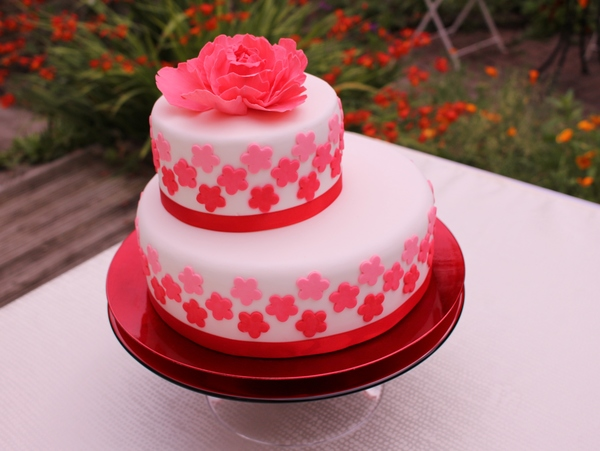Red Peony Ombre Cake The Bristol Bake House Vegan Wedding Gluten Free