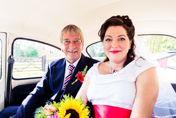 giddy-kipper-giddy-wedding-lincolnshire-wedding-harvey-and-harvey-photography (40)
