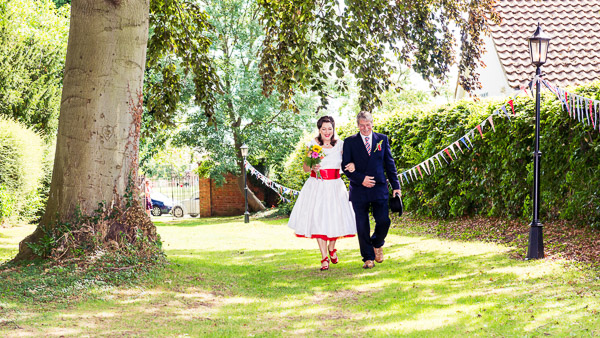 giddy-kipper-giddy-wedding-lincolnshire-wedding-harvey-and-harvey-photography (44)