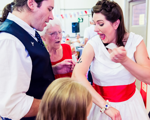 giddy-kipper-giddy-wedding-lincolnshire-wedding-harvey-and-harvey-photography (543)
