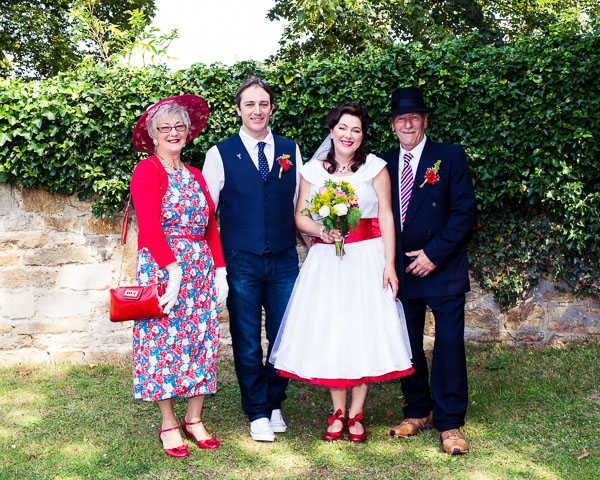giddy-kipper-giddy-wedding-lincolnshire-wedding-harvey-and-harvey-photography (88)