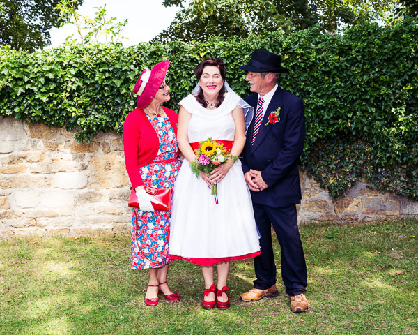 giddy-kipper-giddy-wedding-lincolnshire-wedding-harvey-and-harvey-photography (94)