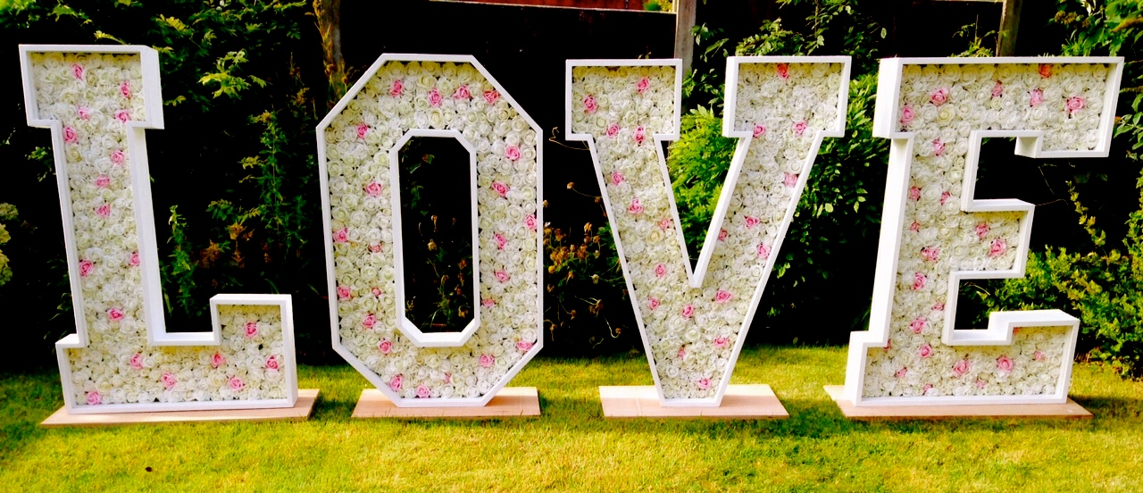 Light Up Flower Letters Amp Backdrops By Petals In Love