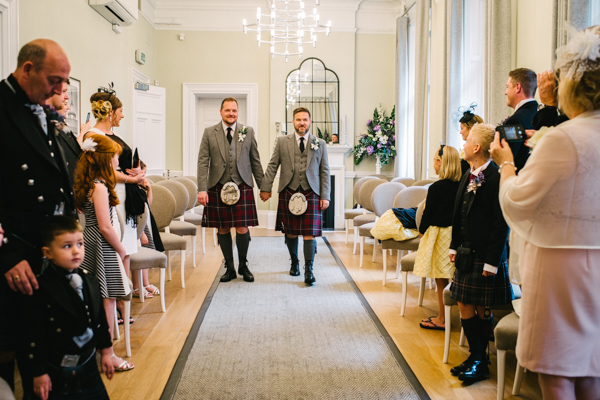 tommy-cairns-photo-glasgow-wedding-same-sex-marriage-glasgow-registry-office-the-corinthian-the-bothy (33)