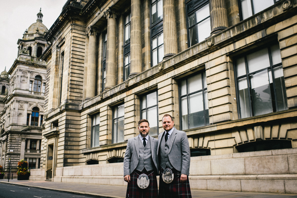 tommy-cairns-photo-glasgow-wedding-same-sex-marriage-glasgow-registry-office-the-corinthian-the-bothy (8)