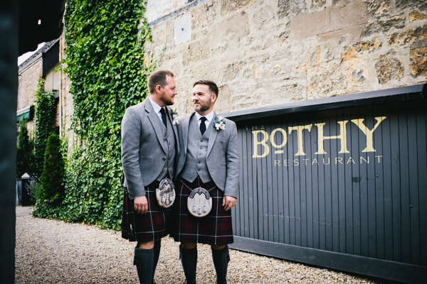 tommy-cairns-photo-glasgow-wedding-same-sex-marriage-glasgow-registry-office-the-corinthian-the-bothy (92)