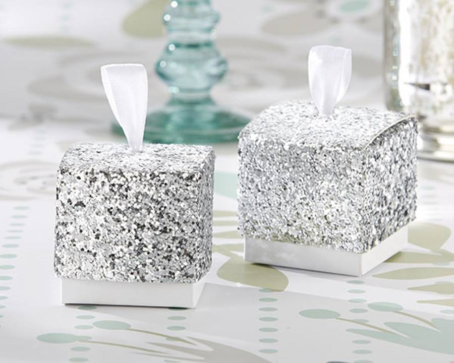 silver-glitter-favour-box, hope-and-willow, winter wedding theme