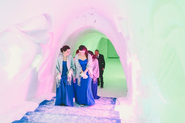 lapland-wedding-snowy-wedding-rob-grimes-hotography-destination-wedding-LUVATTUMAA- Ice-Chapel-Levi-Lapland (44)