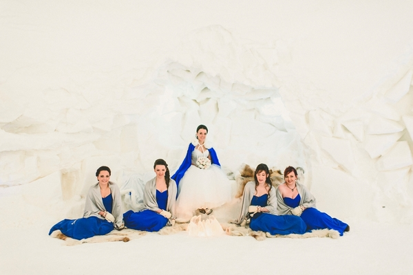 lapland-wedding-snowy-wedding-rob-grimes-hotography-destination-wedding-LUVATTUMAA- Ice-Chapel-Levi-Lapland (56)