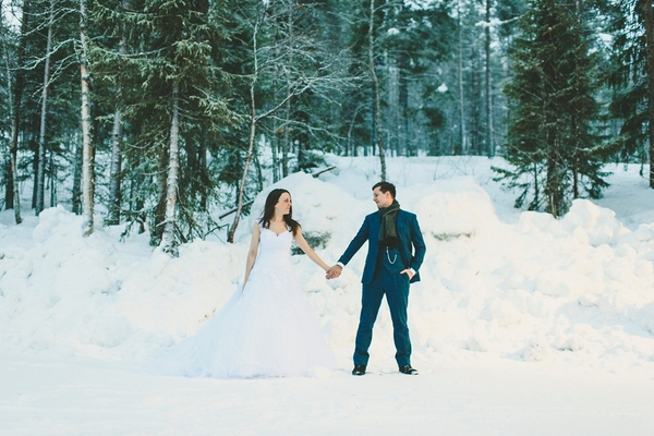lapland-wedding-snowy-wedding-rob-grimes-hotography-destination-wedding-LUVATTUMAA- Ice-Chapel-Levi-Lapland (90)