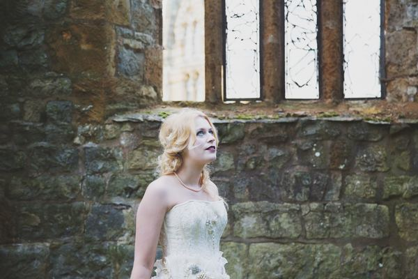 nellie-photography-vintage-chic-wedding-fair-Ettington-Park-Hotel-vintage-inspired-wedding (28)
